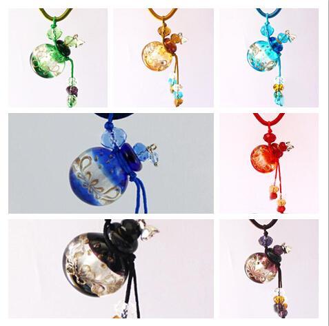 Sıcak Satış Mix Renk Yuvarlak Cam Parfüm Kolye Mini Uçucu Yağ Şişesi Sevimli Kolye Takı 5 adet / grup