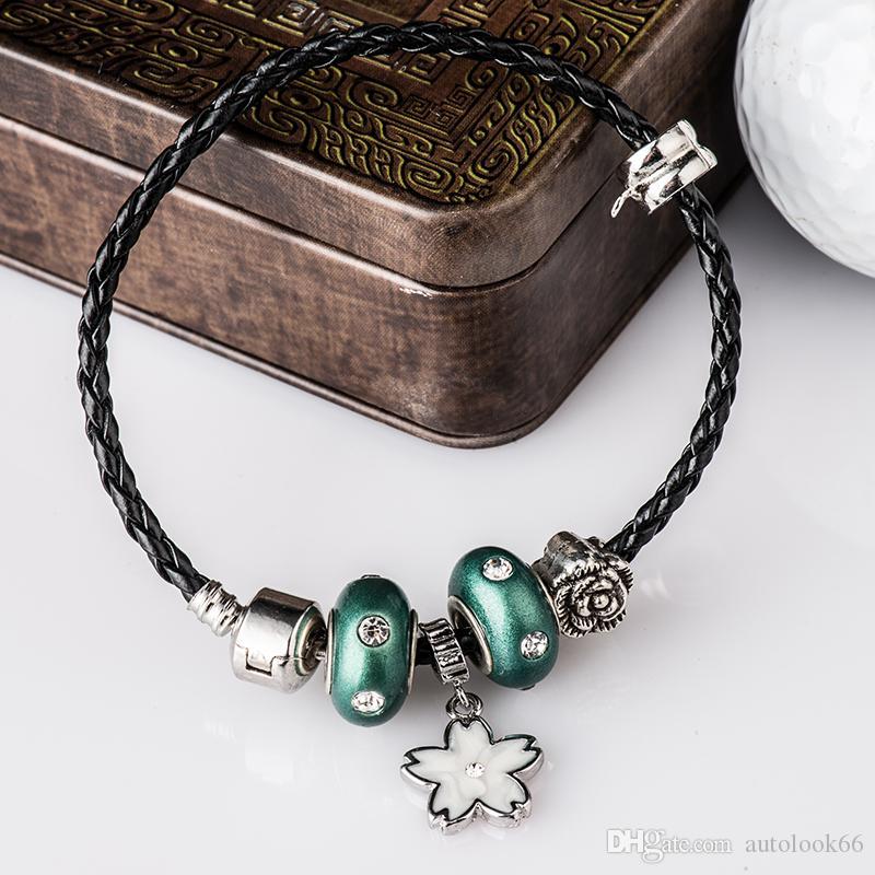 bracelet en cuir de mode mélange de bricolage et de rencontres de couleur perles de cristal bracelet style européen et américain 17-22CM Livraison gratuite