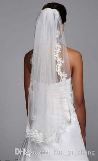 Short Bridal Veils For Wedding Mid Length With Lace Edging And Comb Hips White