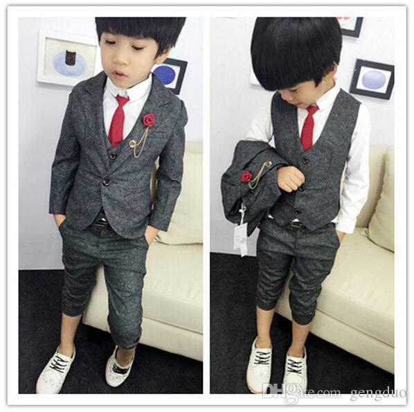 Nuovo 2016 Ragazzi Abbigliamento Gentleman Set Handsome bambini Giacca + Vest + Pants 3pcs / Set Bambini Baby Bambini si adatta Vestiti Vendita calda