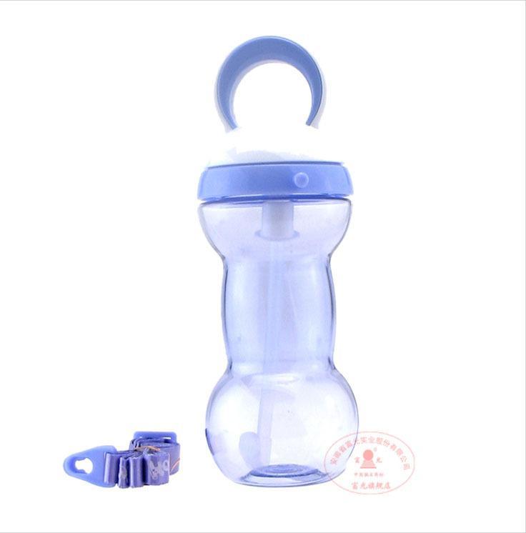 جديد 2015 الطفل الطفل زجاجة المياه القش fuguang البلاستيك كوب الرياضة شرب زجاجة زجاجة من مدرسة المياه