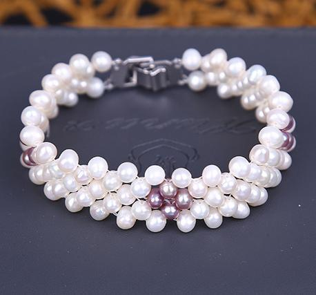 Wholesale Hot Ms. New multiple rows small pearls 5-6mm exquisite hand woven bracelet