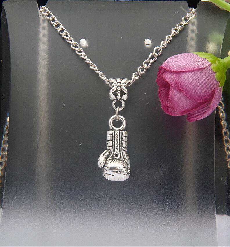 Горячие продажи Античное серебро боксерские перчатки Шарм кулон 45 см цепи ожерелья мода творчество женщины ювелирные изделия аксессуары праздничные подарки