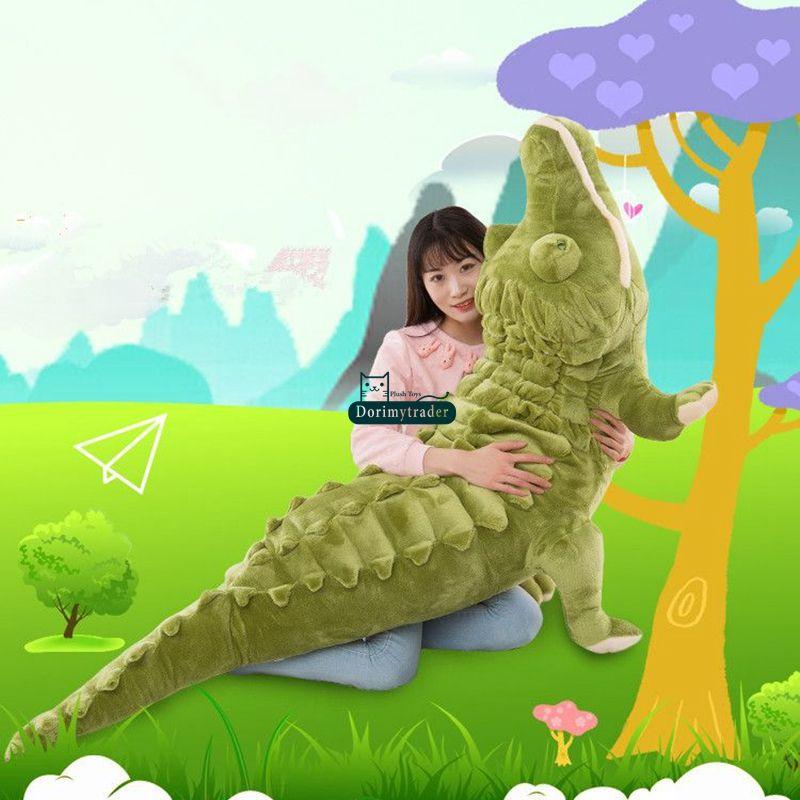 Dorimytrader Biggest Realistic Lying Animal Crocodile Plush Toy Soft Stuffed Alligator Doll Pillow Gift for Kids Decoration 200cm DY61901