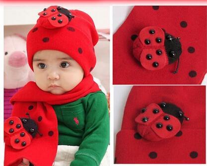 Piękny Baby Męski Szalik I Kapelusz Zestaw Winter Cap + 80 CM Scarve 2 sztuk Zestaw Moda Boże Narodzenie Prezent Ladybird Red Color Bawełna 5 sztuk / partia YQS-Y27508