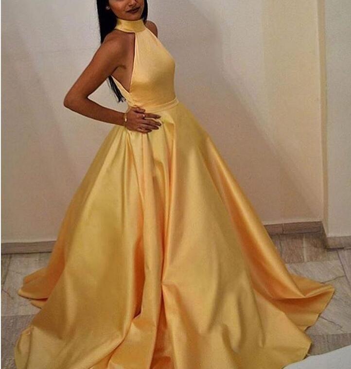 Elegante robe de soiree mulheres muçulmanas a linha halter chão comprimento vestido de noite amarelo longo com bolsos vestido de festa sexy cetim vestidos de cetim