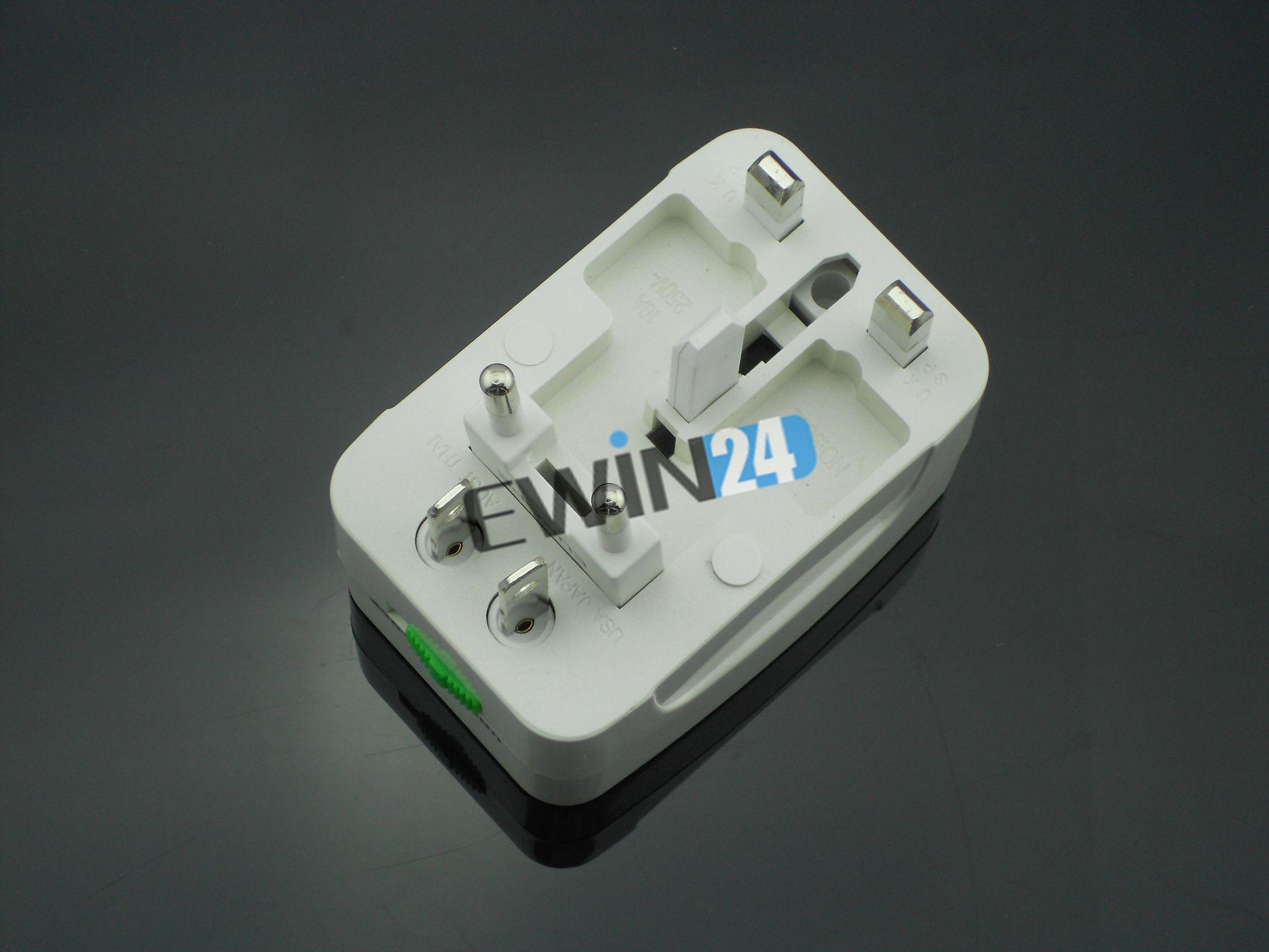 Во всем мире универсальный переменного тока инвертор разъем Multi путешествия адаптер Великобритании ЕС AU США с коробкой