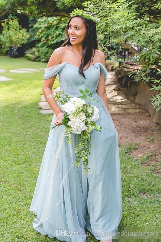 Hellblauer V-Ausschnitt A-Linie Lange Brautjungfernkleider Flügelärmeln Tüll Falten Hochzeitsgast Kleid Sweep Zug Reißverschluss Zurück Lange Brautjungfernkleider