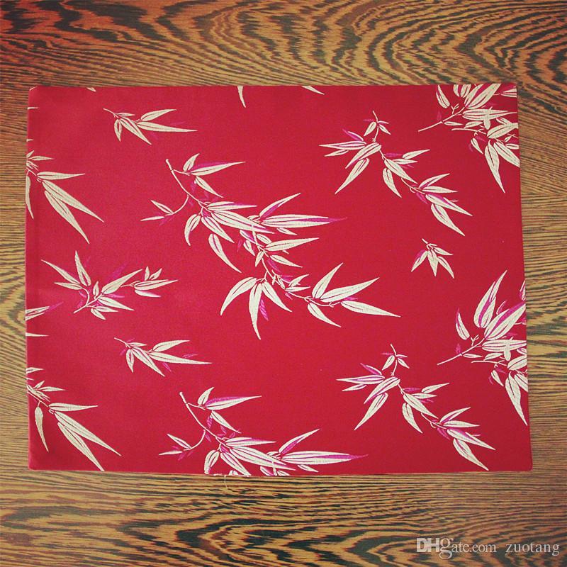 Luxe Floral Dîner En Soie Tissu Napperons Table À Manger Grand Rectangle Haute Qualité Damas Isolation Pad 40x32 cm