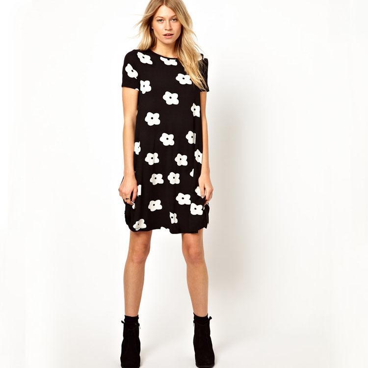 SZ8133 جديد 2015 الأزياء جولة الرقبة كم قصير أسود المرأة فساتين الصيف مع زهرة بيضاء طباعة اللباس vestidos femininas