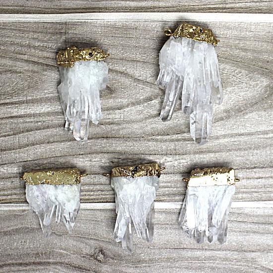 Bella grande gemma naturale roccia quarzo pendente Druzy cristallo pendente con quarzo placcato oro galvanizzato doppia barra PT52W07