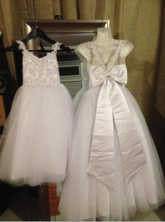 Real Image White Spaghetti Lace Beads Cross Back Tulle Flower Girls Dresses Fast Delivery Charming Prinvess Girl Dress
