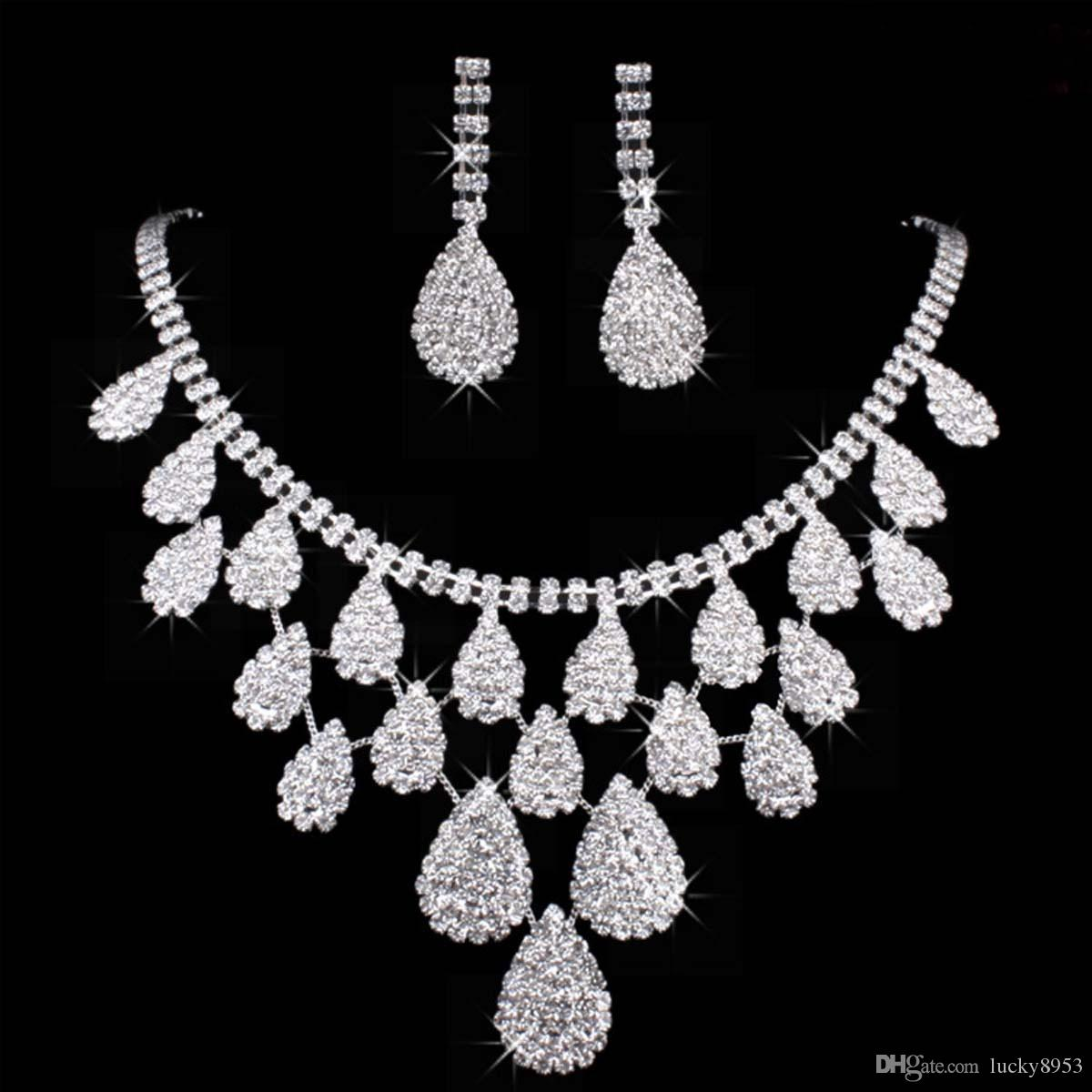 Wedding Jewelry Sets Silver Artificial Pearl Rhinestone Crystal Bridal Dress Accessories Necklace Earrings Set Simple Style Shining 2018 From