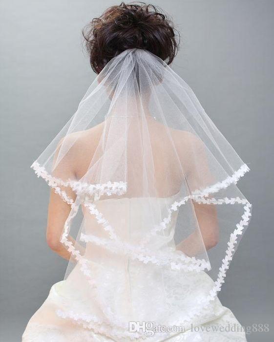 Самые дешевые свадебные вуали две слоя Тюль аппликация край длина локтя в наличии слоновая кость / белый свадебный аксессуар