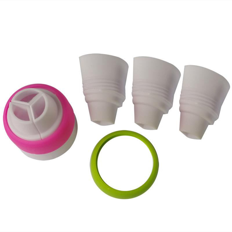 Wholesale- BEIGUAN Size Baking Tri-Color Coupler Tool Fondant Cake Decorating Bags Converter for Big Russian Icing Nozzles