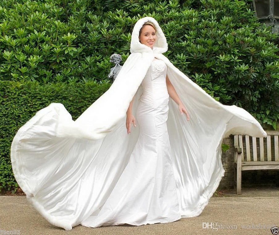 2020 barato nupcial de marfil del Cabo Capas boda imponente con capucha con borde de piel sintética blanca altura del tobillo perfecto para el invierno largo envuelve la chaqueta