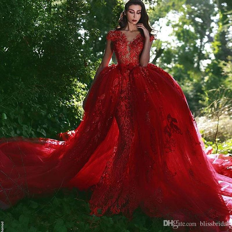 2018 New Vintage Mermaid Red Lace Wedding Dresses With Detachable Train V-Neck Sleeveless Applique Tulle Overskirt Dubai arabic Bridal Gowns