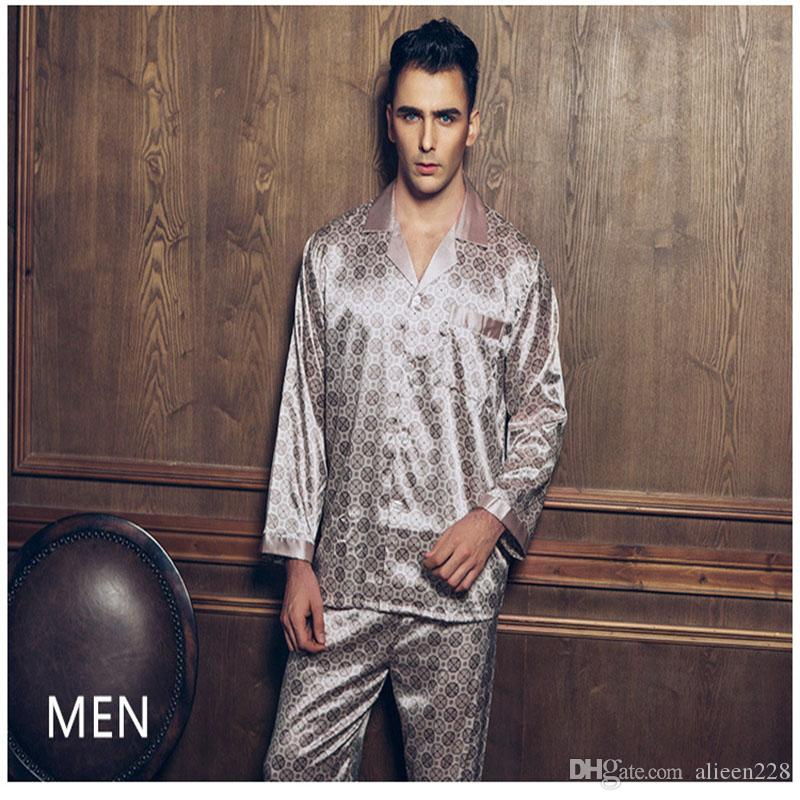 Europa und die Vereinigten Staaten einfachen Männer Pyjamas 2017 Frühjahr neue Nachahmung Seide Hause Kleid, langärmelige High-End-großen Code Freizeit Anzug