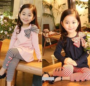 2016新しい秋の子供服スーツ、女の子の服セット、子供の綿のスポーツウェアセット、女の子のカジュアルスーツ、子供のファッションの着用