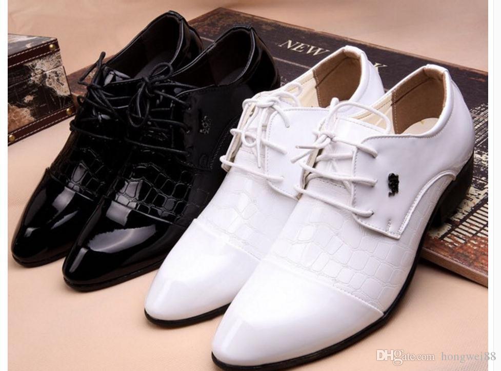 Großhandel Studio Fotos Weißes Kleid Schuhe Herren Herren Business Englisch Korean Männlichen Jugend Spitzen Schuhe Spitze Hochzeit Von Hongwei88,