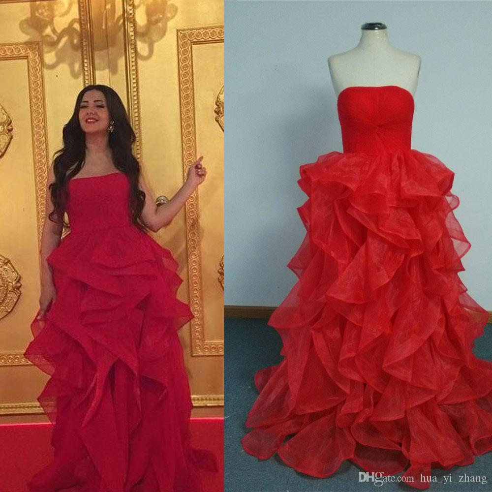 2015 vermelho barato celebridade vestidos de uma linha Strapless Tiers saia andar comprimento tapete vermelho vestidos de noite fotos reais