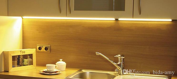 Venta al por mayor-2016 12V DC 3W 300mm Luz lineal LED luz 42pcs SMD3528 Ultra-delgada para plana debajo del gabinete / muebles / escaparate de la iluminación 10pcs