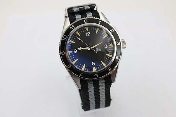 جديد أنيق السيارات البحر 300 شبح طبعة محدودة الرجال ساعة اليد اللون النسيج حزام الزجاج الخلفي الكرونومتر جيمس بوند سبيكتر ذكر ساعة