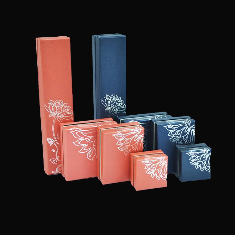 Personalized Set Jewelry Display Packaging Ornamental Box For Ring Pendant Necklace Cardboard with Lid Present Gift Organizer Case 8pcs/Lot