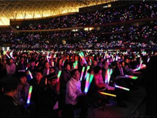 1000pcs / lot 무료 배송 파티 막대 데코 콘서트 응원을 위해 21cm 다채로운 LED 깜박이 글로우 스틱 지팡이