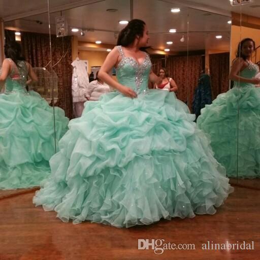 Hortelã verde vestido de baile quinceanera vestidos sparking de cristal querida vestidos de longo drapeado plissado plus size mulheres vestidos de festa de formatura 2015