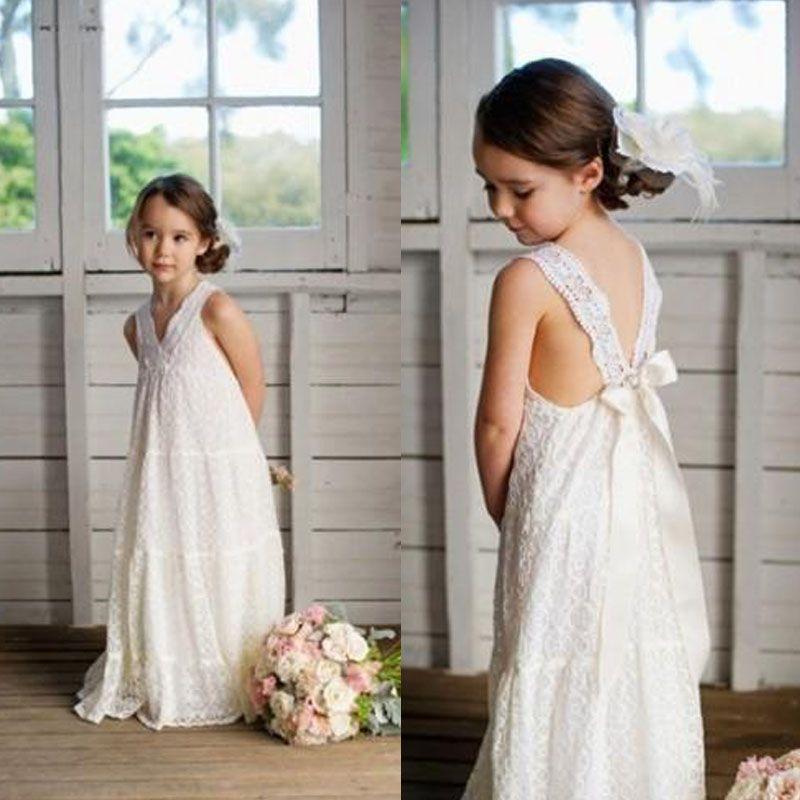 Romantische v-hals zomer boho bloem meisjes jurken vloer lengte vintage maxi ivoor kant bloem meisje jurken geschikt voor strand bruiloft EN3213