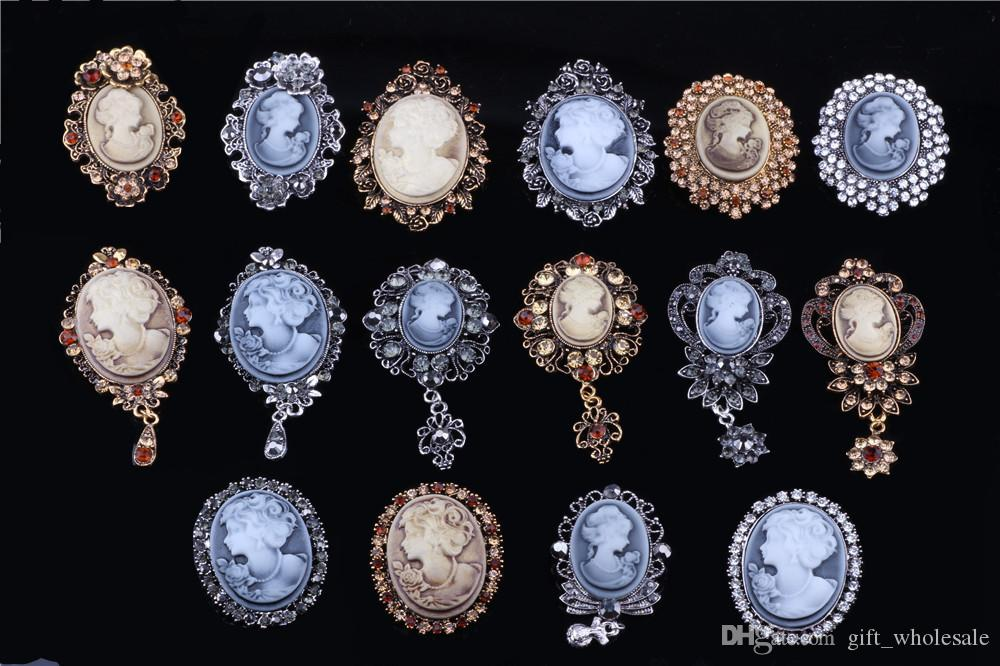 Vintage Brooch Pins Rhinestone Gold Plated Antique Queen Cameo Brooches For Women christmas gifts for party Bridal crystal brooch bouquets