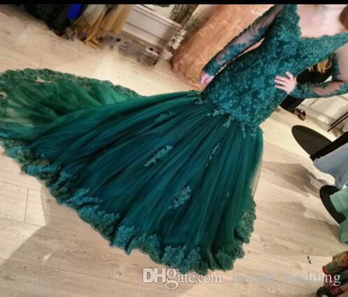 Smaragdgrüne Ballkleider vestidos de nova Lange Ärmel V-Ausschnitt Applikationen Formale Abendkleider Partykleid