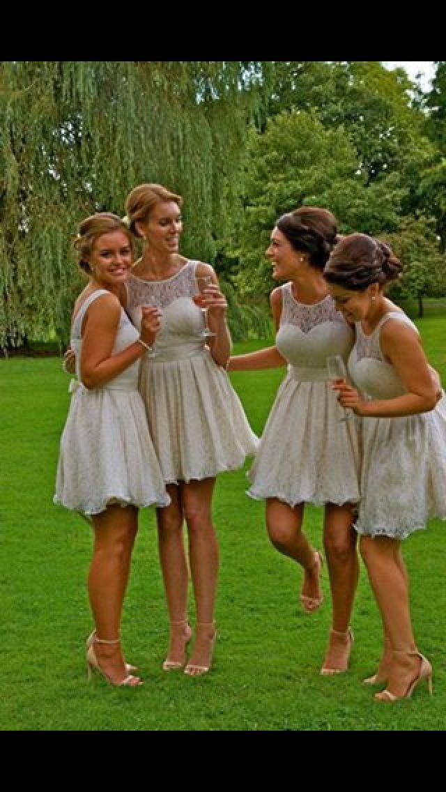 2016 Gorąca Sprzedaż Tanie Koronki Ivory Koronki Druhna Dresses A-Line Sheer Jewel Dekolt Mini Bridal Party Suknia Suknia Honor Dress