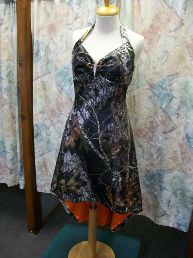 Hi-Lo Crystal Camo Prom Dresses Unique Bridesmaid Dresses with Halter Sweetheart Neck Realtree Camouflage Formal Homecoming Gowns