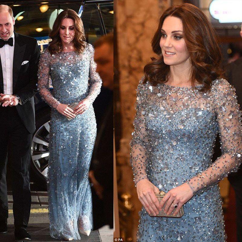 KATE MIDDLETON Same Style Crystal Long Evening Dress Light Blue Jewel Sheer Neck Long Sleeve Prom Gowns Floor Length Formal Occasion Dresses