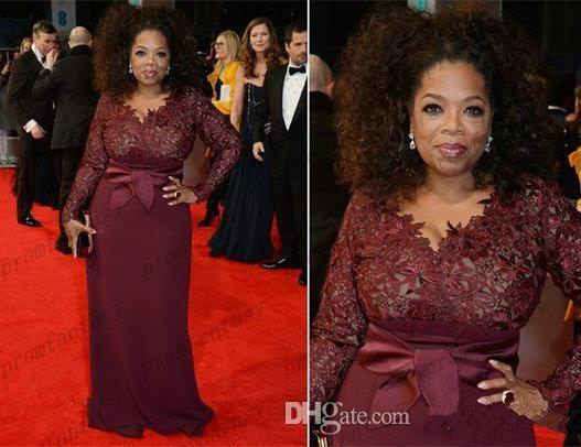 Oprah Winfrey Burgundy mangas compridas Mãe da Noiva Vestidos V-Neck Sheer Lace Bainha Plus Size celebridade Tapete Vermelho Evening vestidos de Venda