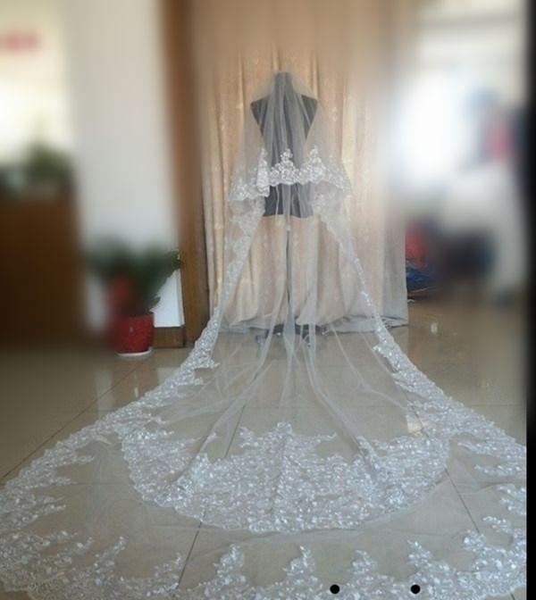 Echtes Bild Zwei-Schicht Brautschleier Romantische Kathedrale Länge Brautschleier Mit Spitze Applique Weiß Oder Elfenbein Kristallschleier Heißer Verkauf
