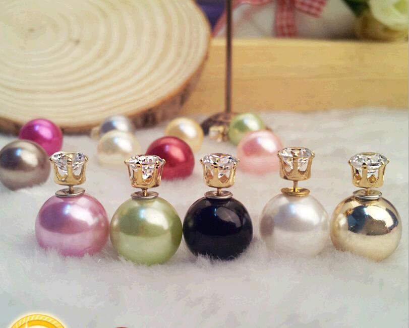 ファッションジュエリーの両面真珠のイヤリングジルコンボールの前後と背中の金のメッキのスタッドイヤリングスタッド