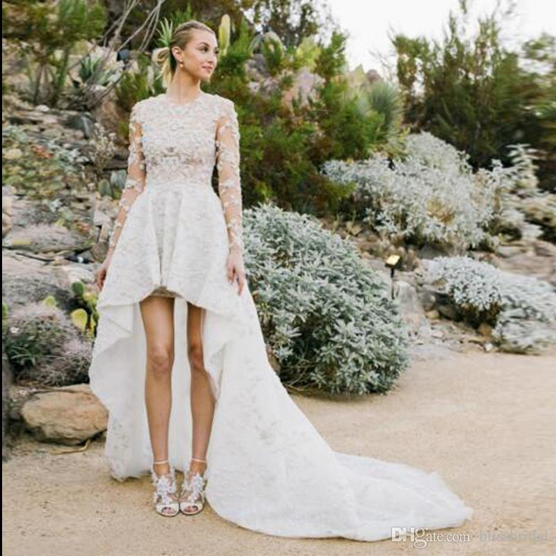 Full Lace Högt lågt land Bröllopsklänningar Jewel Long Poet Sleeve Beach Bröllopsklänningar Zipper Back Sweep Train Bridaler Klänning