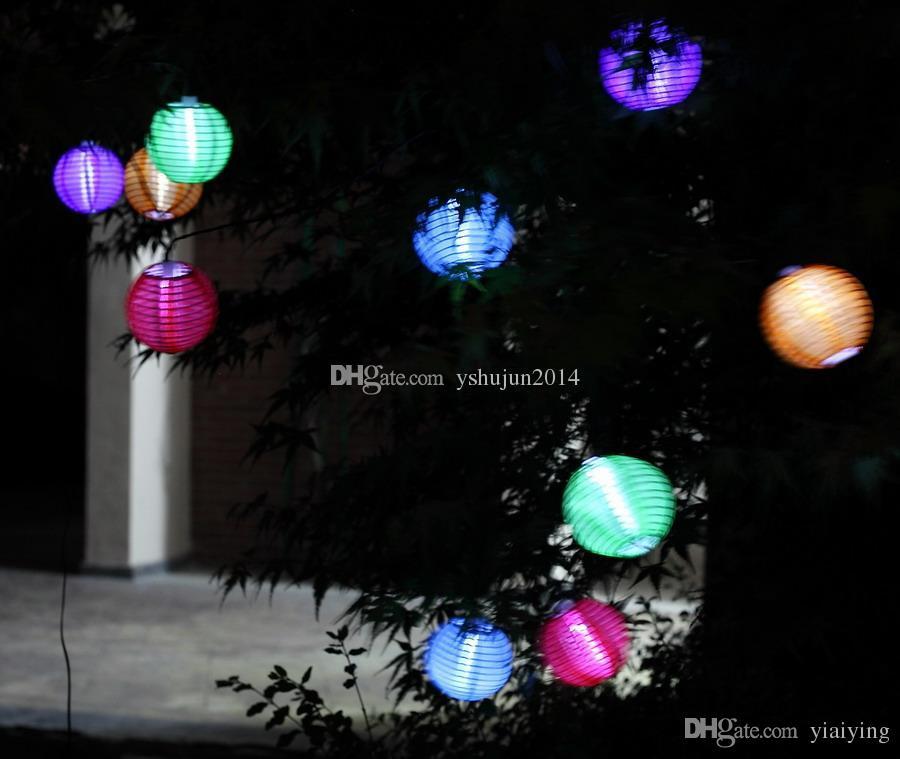 Lámparas solares de linternas chinas Lámparas solares Lámparas de papel Linterna de la bola de patio de la linterna para la Navidad Decoraciones de la fiesta de la Navidad Suministros
