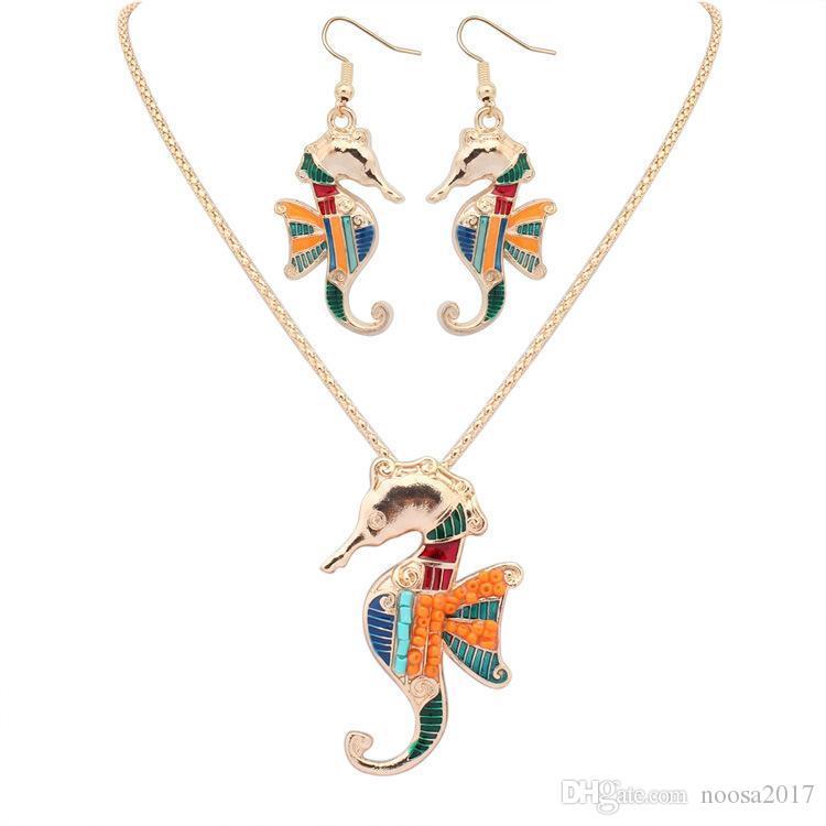 Новый свободный стиль 18KGP / 925 серебро реалистичные капельного Rainbowful морской конь с wingshape комплект ювелирных изделий сплава ожерелье серьги аксессуары для женщин