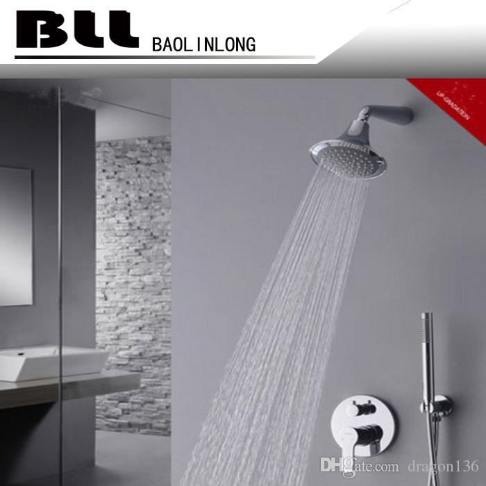 Mezclador de bañera BLL Grifo de latón con una grifería de ducha de mano redonda Ducha de baño de lluvia redonda Ducha de mano de latón 7014A
