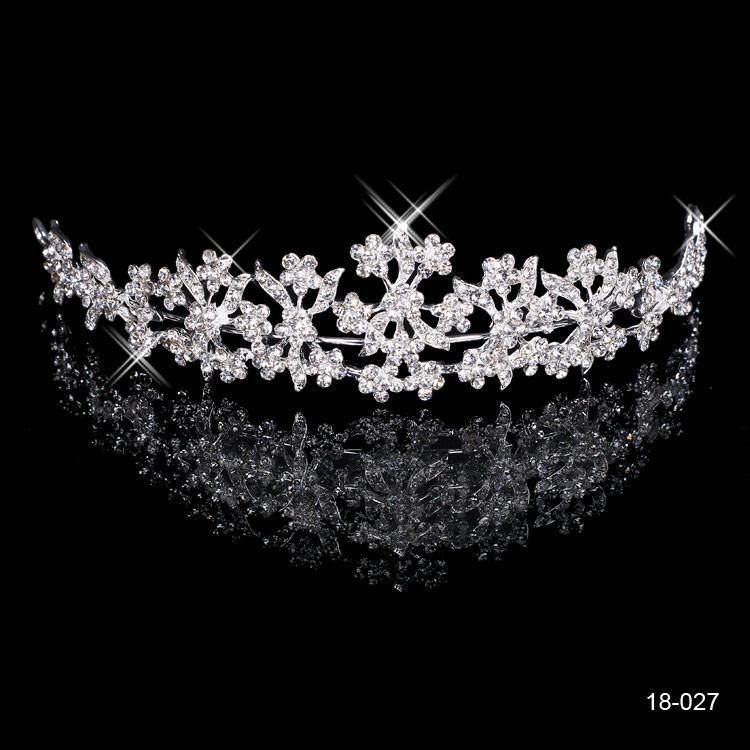2015 Sotto 5 elegante strass nozze nuovo partito poco costoso di promenade nuziale Diademi corone 18 carati gioielli e accessori Reale Immagine di trasporto 18027