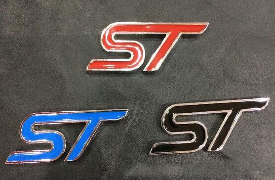 (20 adet / grup) Toptan 3D Metal ST Amblemler Araba Kırmızı Siyah Mavi Araba Styling Için Rozetleri