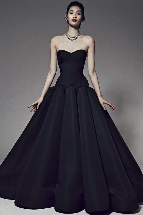 Unique Black Strapless Wedding Dress A Line Floor Length Evening Dress vestido de festa longo Elegant Prom Gowns Formal Occasion Dress