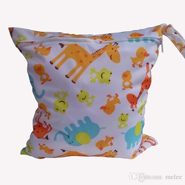 Circle Animal Print Diaper Wet/Dry Bag Laundry Bag Cloth Diaper Bags Wet Swimsuit Bag by Melee WetBag 28*30cm