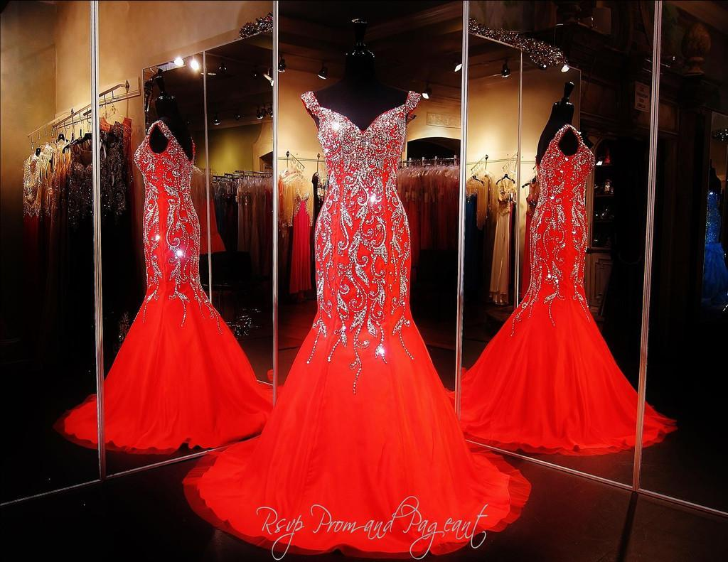 2018 Bling Sexy Evening Dresses Wear Crystal Major Beading Long Red Chiffon Cap Sleeves Mermaid Sweep Train Formal Prom Party Pageant Gowns