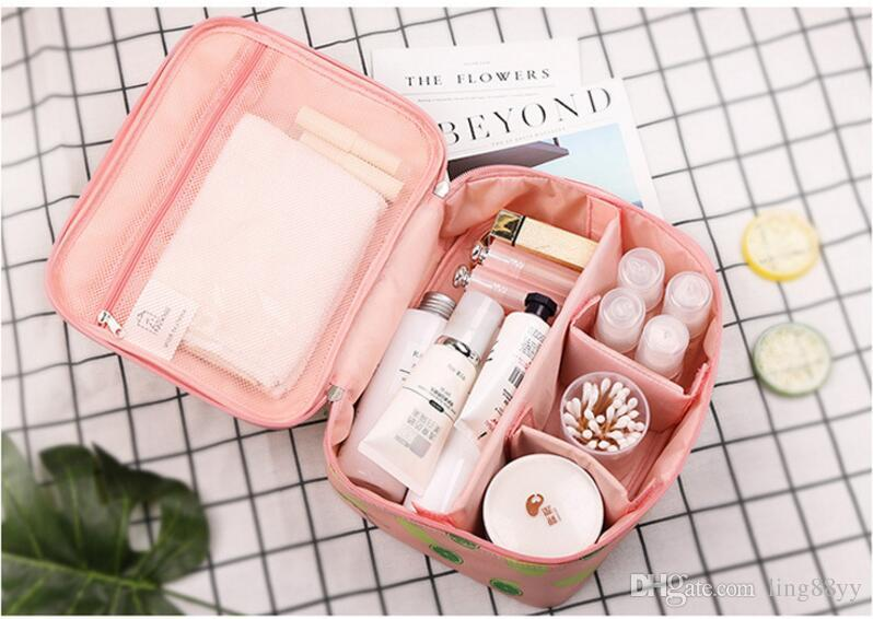 2017 Wholesale new Portable travel cosmetic bag Large capacity make up wash bag cute mini box makeup bag makeup organizer
