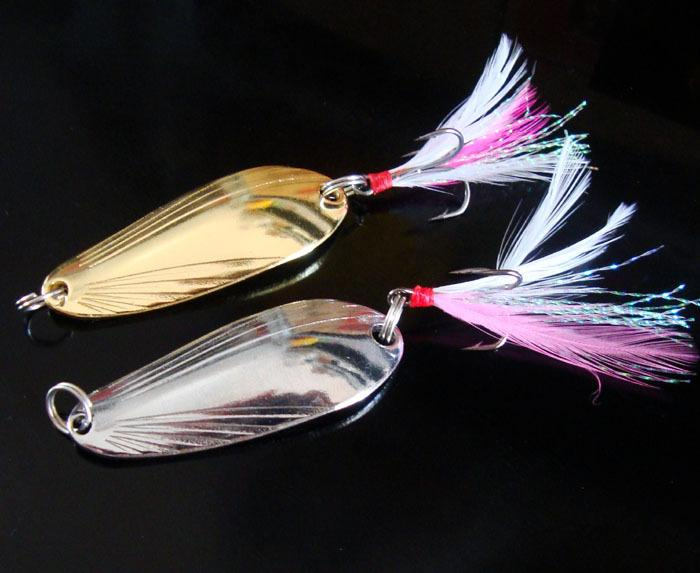 Fishing Spoon Lure 5g/8g/12g Water Wave Shell Spoons Treble Hook with Crystal Feather Hard Bait